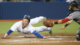 Josh Donaldson's relentless style and knack for clutch hits should land him the 2015 AL MVP award.